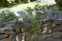 Evangelischer Friedhof Quirlsberg - Steingarten